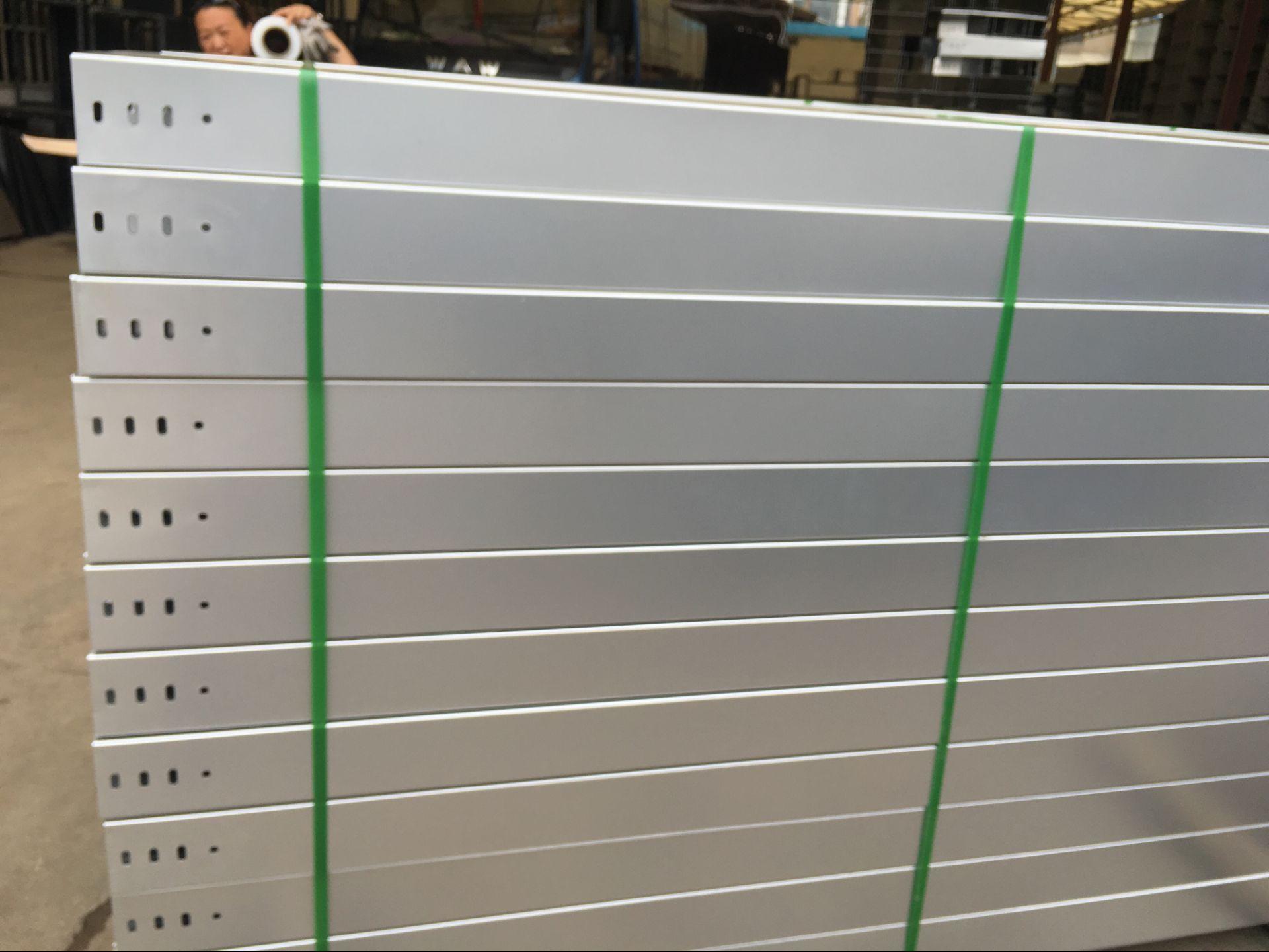 雙金屬涂層橋架批發價